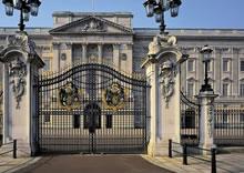 Trafalgar Square & Buckingham Palace 2013